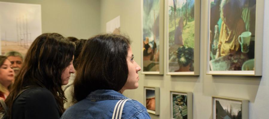 Nuevas exposiciones: paisajes urbanos y arte con visión de género